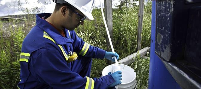 Échantillonnage de l'eau et analyse
