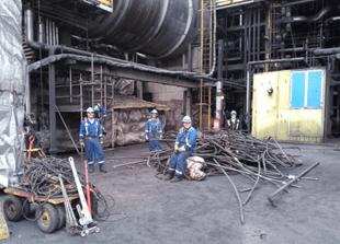 Travailleurs de Suncor à notre usine de base