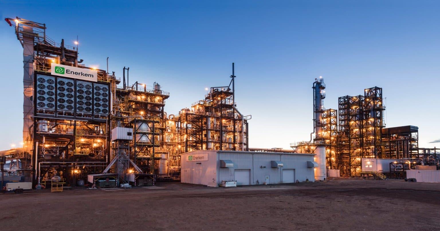 La conversion des déchets en biocarburants à l'usine Enerkem d'Edmonton, en Alberta